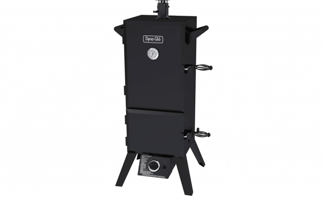 Dyna-Glo-DGY784BDP-smoker-1